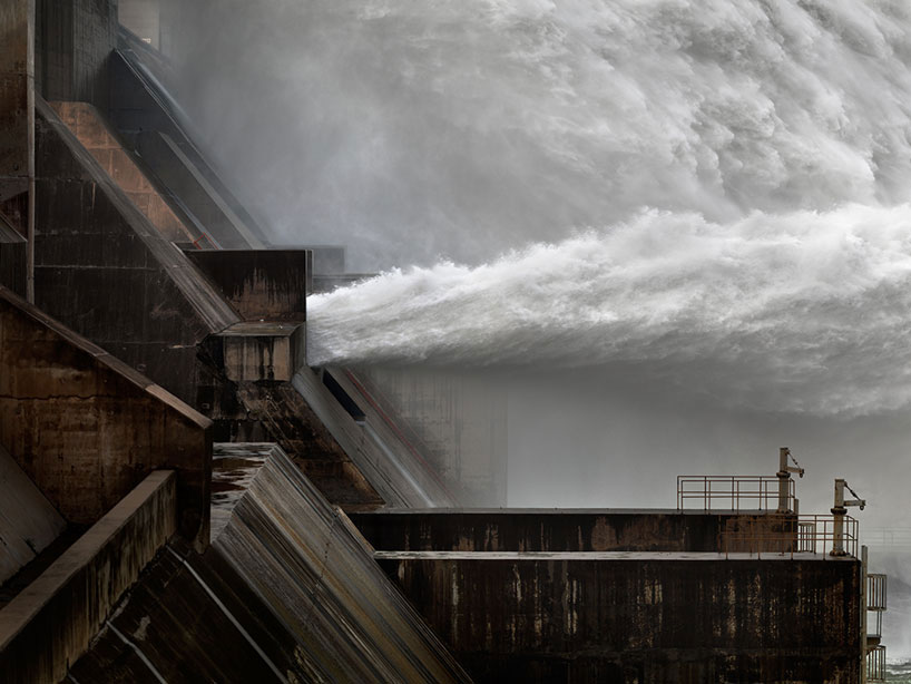 edward-burtynsky-water-designboom-010